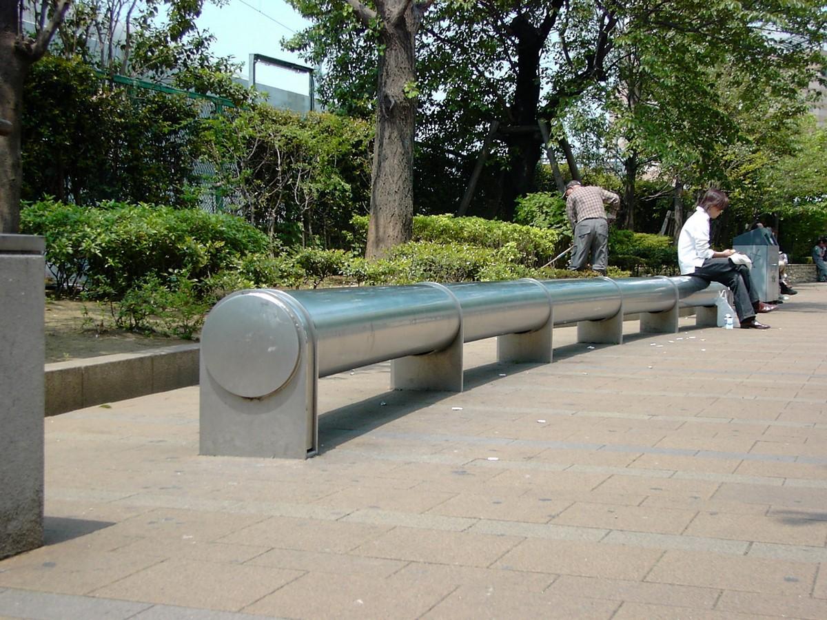 Unorthodox benches in Tokyo, Japan- Sheet1