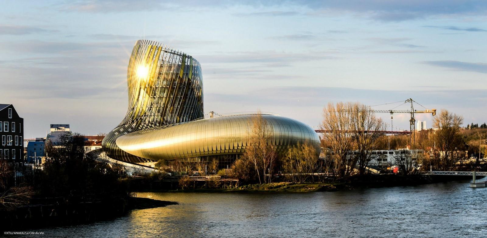 10 Famous structures of Bordeaux, France - Sheet8