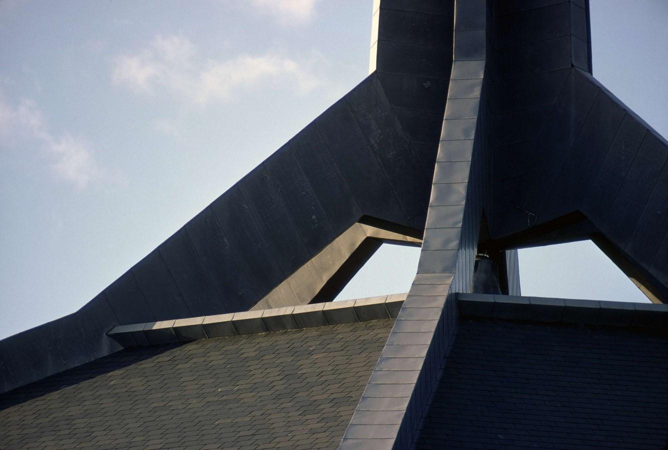 North Christian Church by Eero Saarinen: Church inspired from Angkor Wat and Borobudur - Sheet11