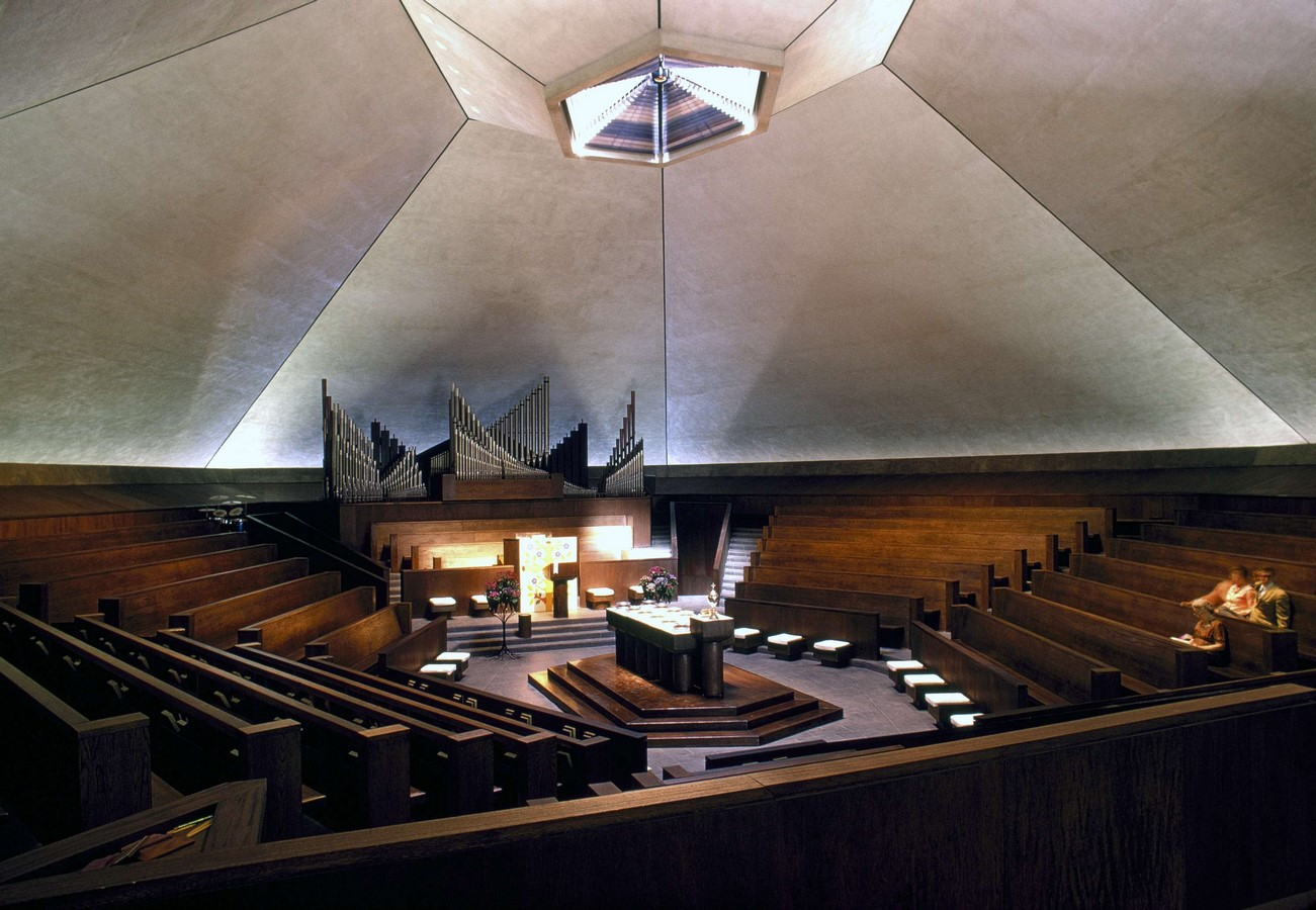 North Christian Church by Eero Saarinen: Church inspired from Angkor Wat and Borobudur - Sheet5