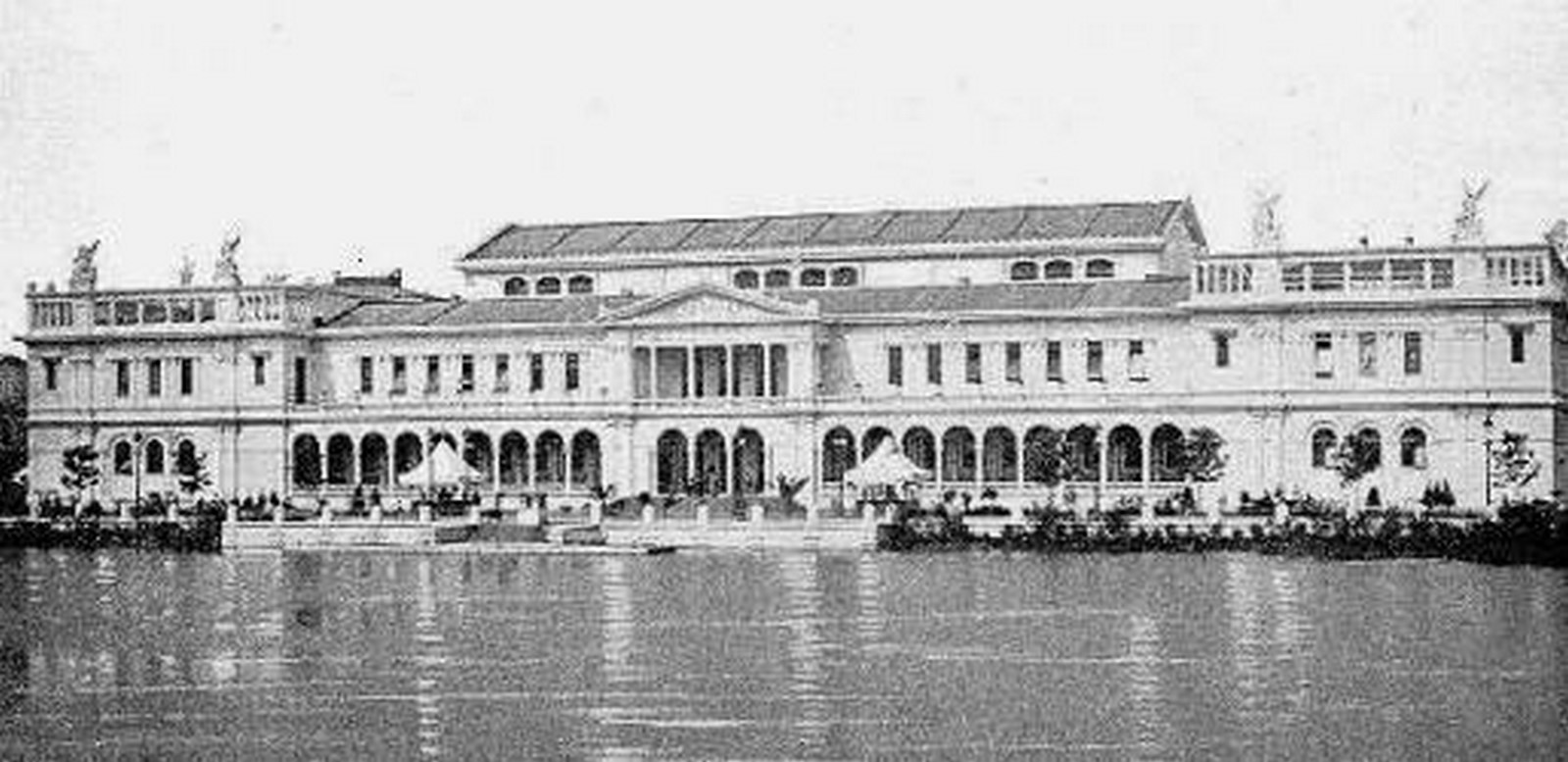 WOMAN'S BUILDING, WORLD'S COLUMBIAN EXPOSITION, CHICAGO