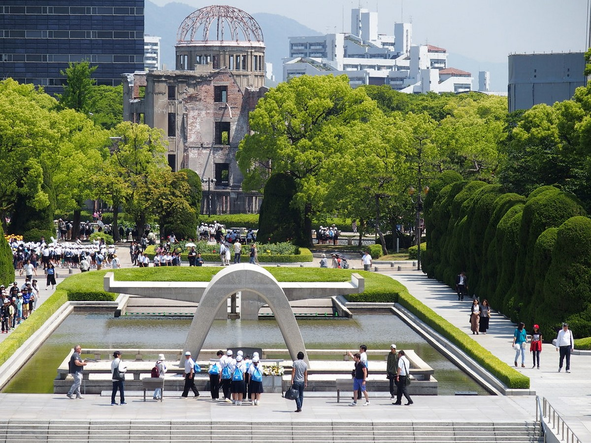Hiroshima peace Center and memorial park by Kenzo Tange: Symbolizing devotion to peace - Sheet1