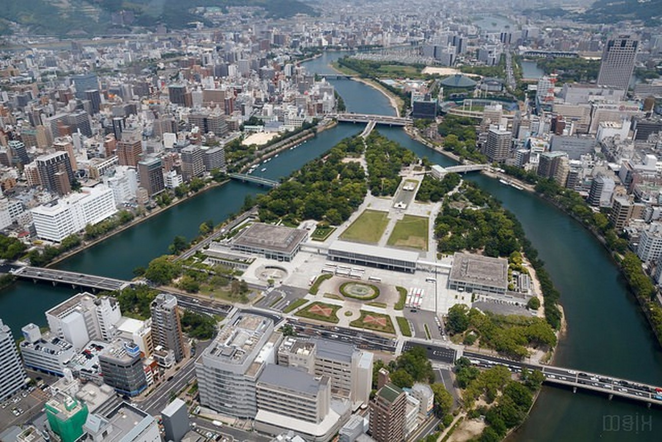 Hiroshima peace Center and memorial park by Kenzo Tange: Symbolizing devotion to peace - Sheet5