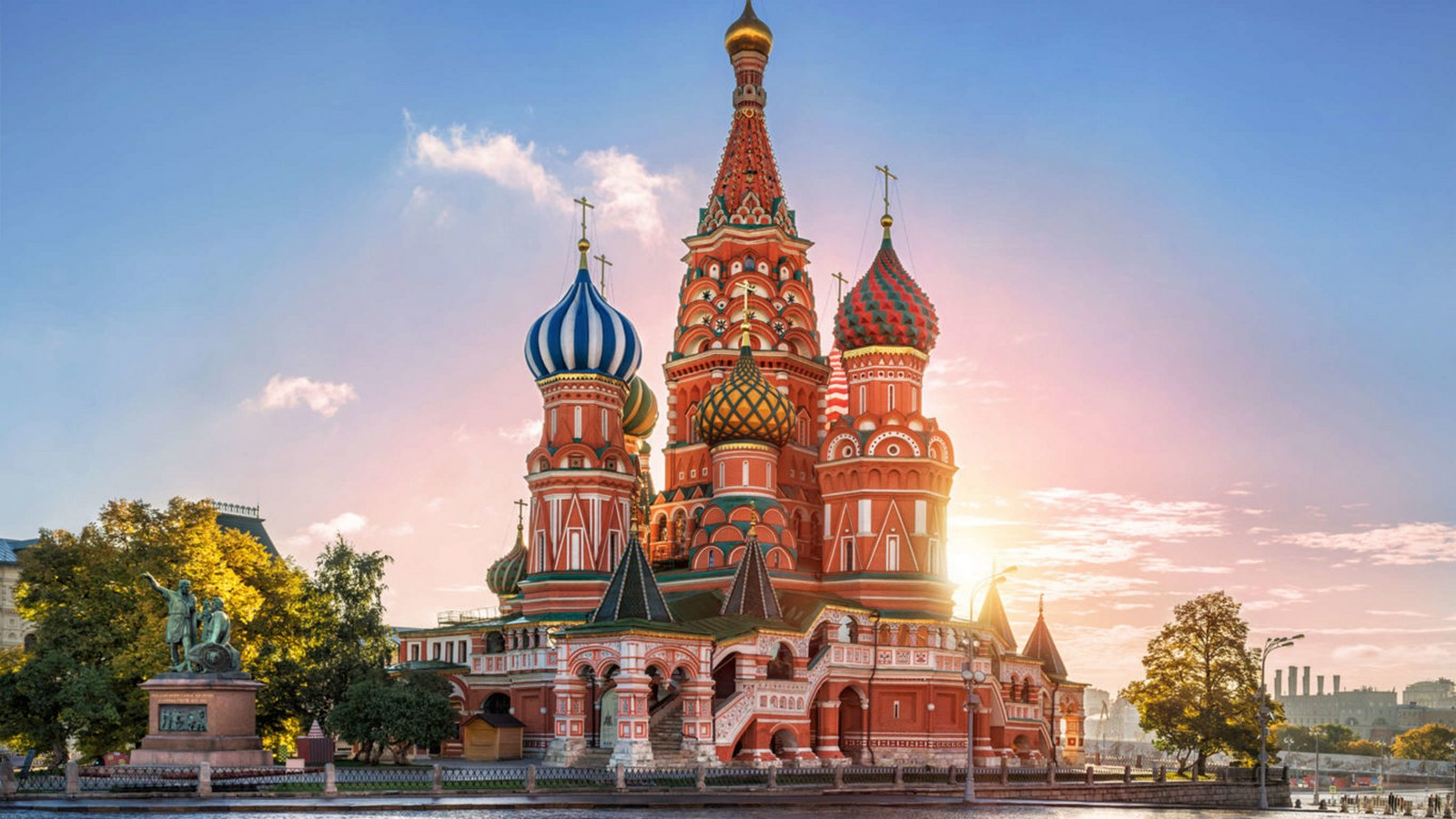 10 Structures that represent the Historical architecture of Russia - Sheet3
