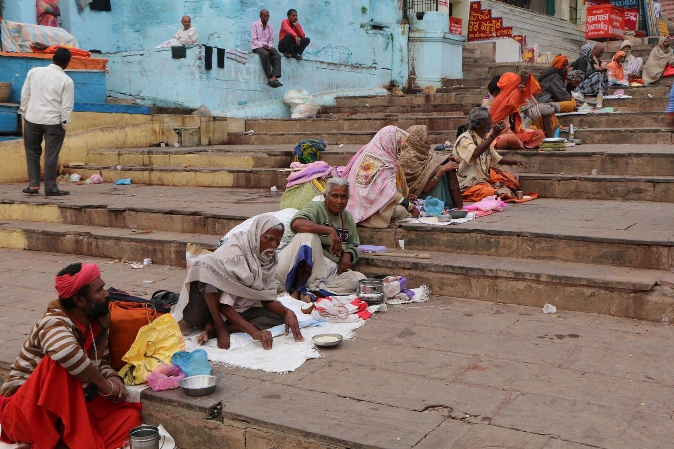 Hostile Architecture in India: Literally Fighting Poverty - Sheet4