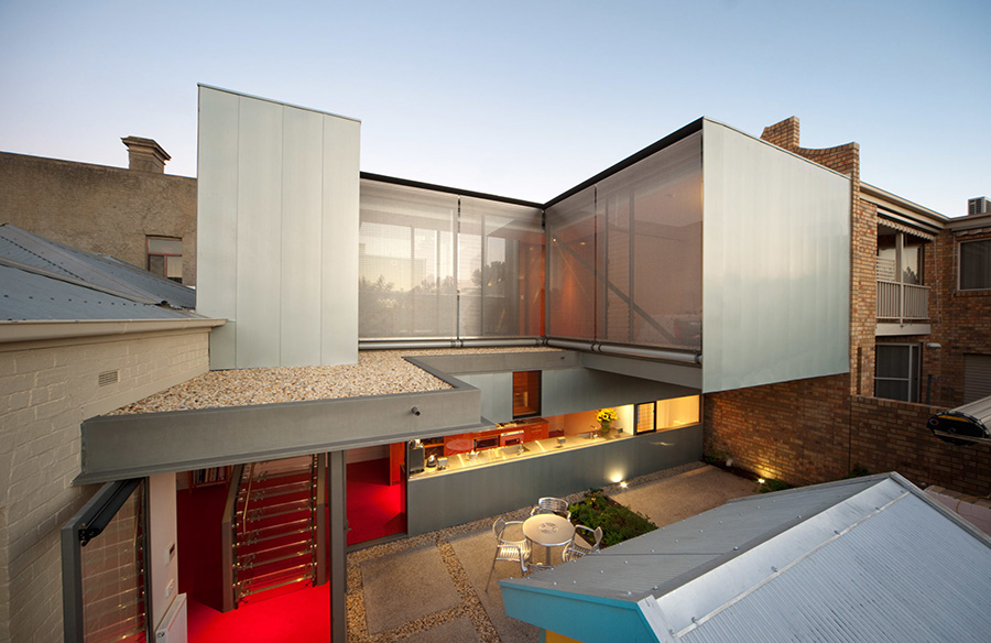 Greeves Street House by Robert Simeoni Architects