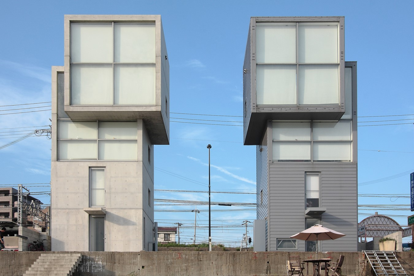 4x4 House by Tadao Ando: From aftermath of an earthquake - Sheet1