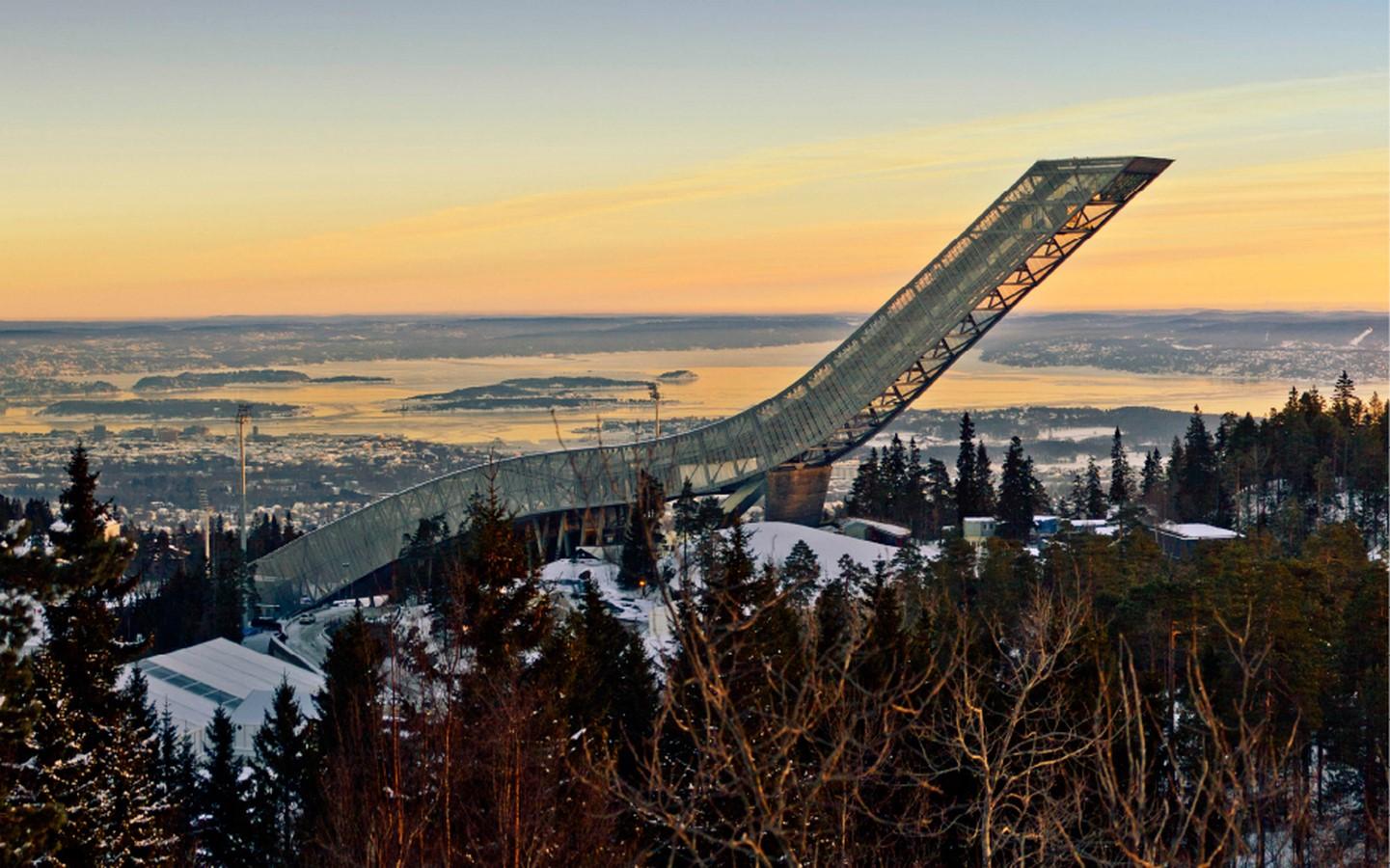 Holmenkollen Ski Jump - Sheet2
