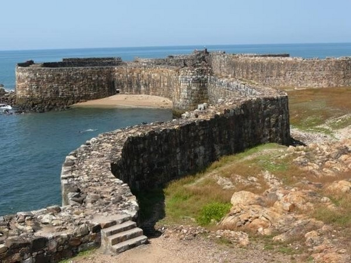 Sindhudurg fort: The 1664 architecture marvel constructed on an island - Sheet3