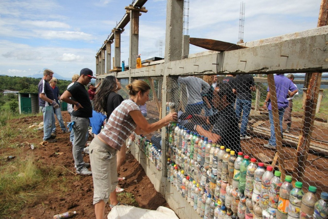 10 Reasons to architects should practice for humanitarian architecture - Sheet10