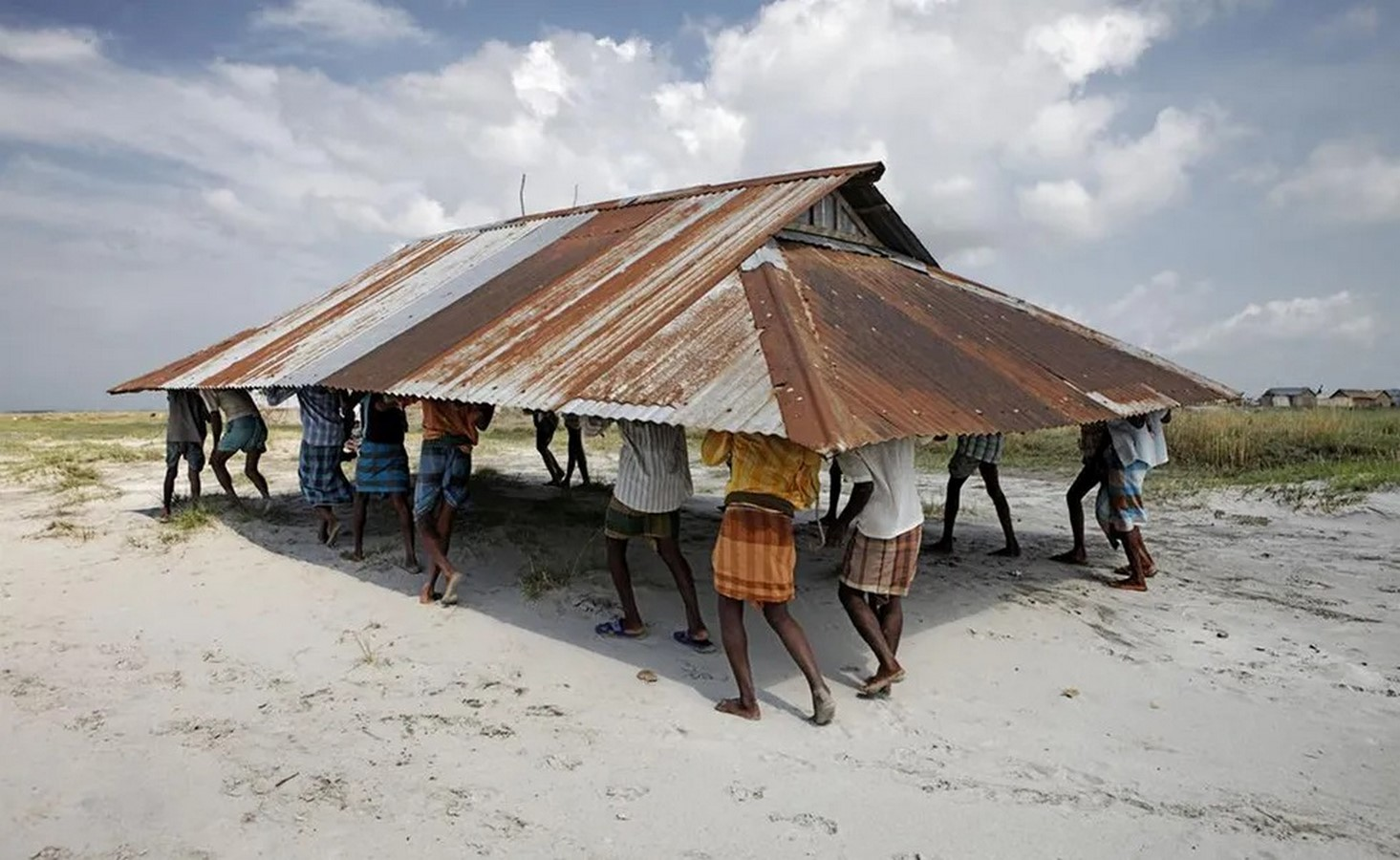 10 Reasons to architects should practice for humanitarian architecture - Sheet9