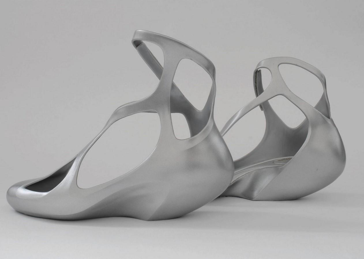 Shoes by Zaha Hadid - Sheet2