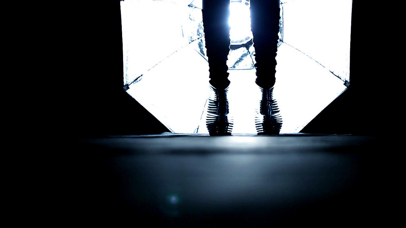 Shoes by Zaha Hadid - Sheet4
