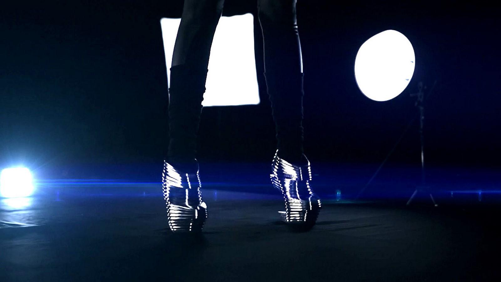 Shoes by Zaha Hadid - Sheet6