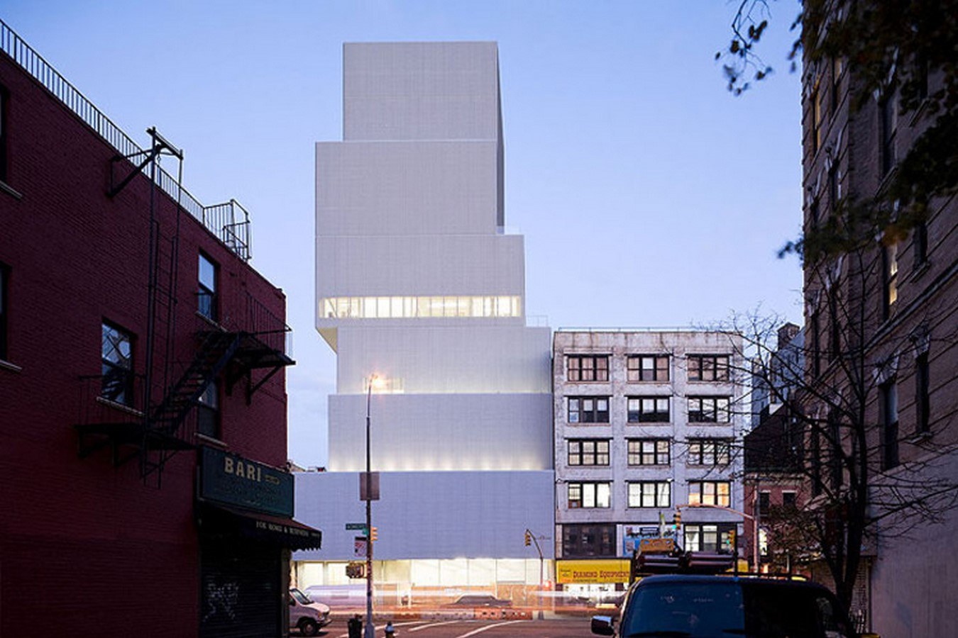 The New Museum of Contemporary Art by Sejima - Sheet1