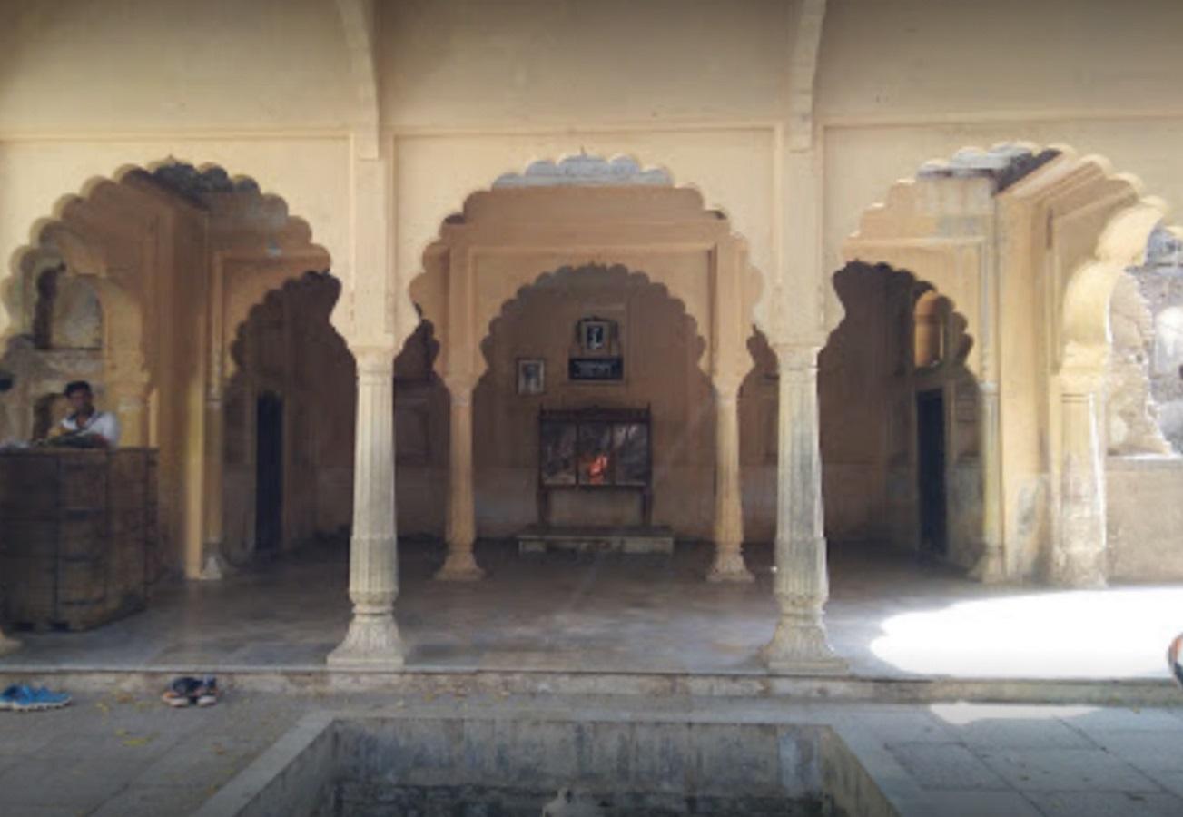 Navkhanda Palace - Sheet2
