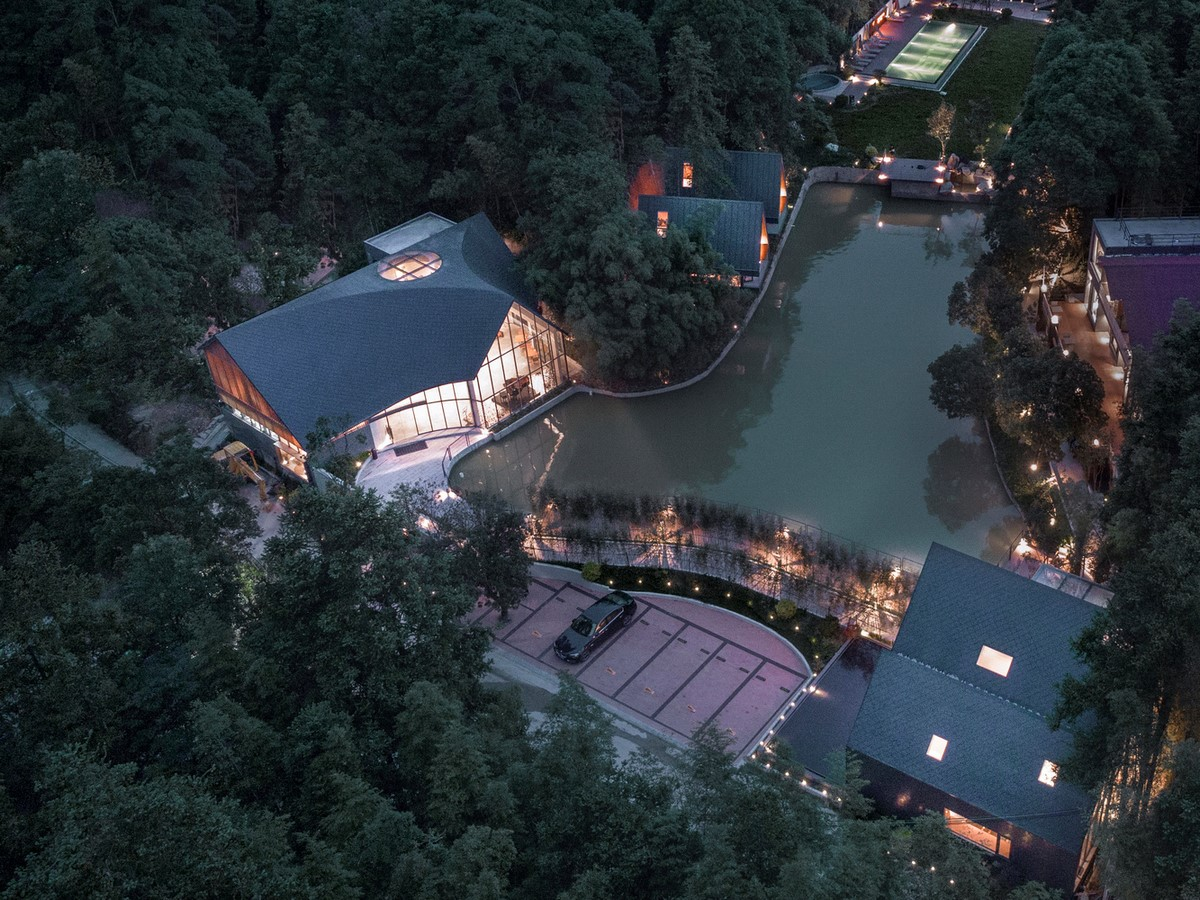 Restaurant With Cave-Like Roof In A Forest In Huizhou, China completed by Wildurban Architects - Sheet2