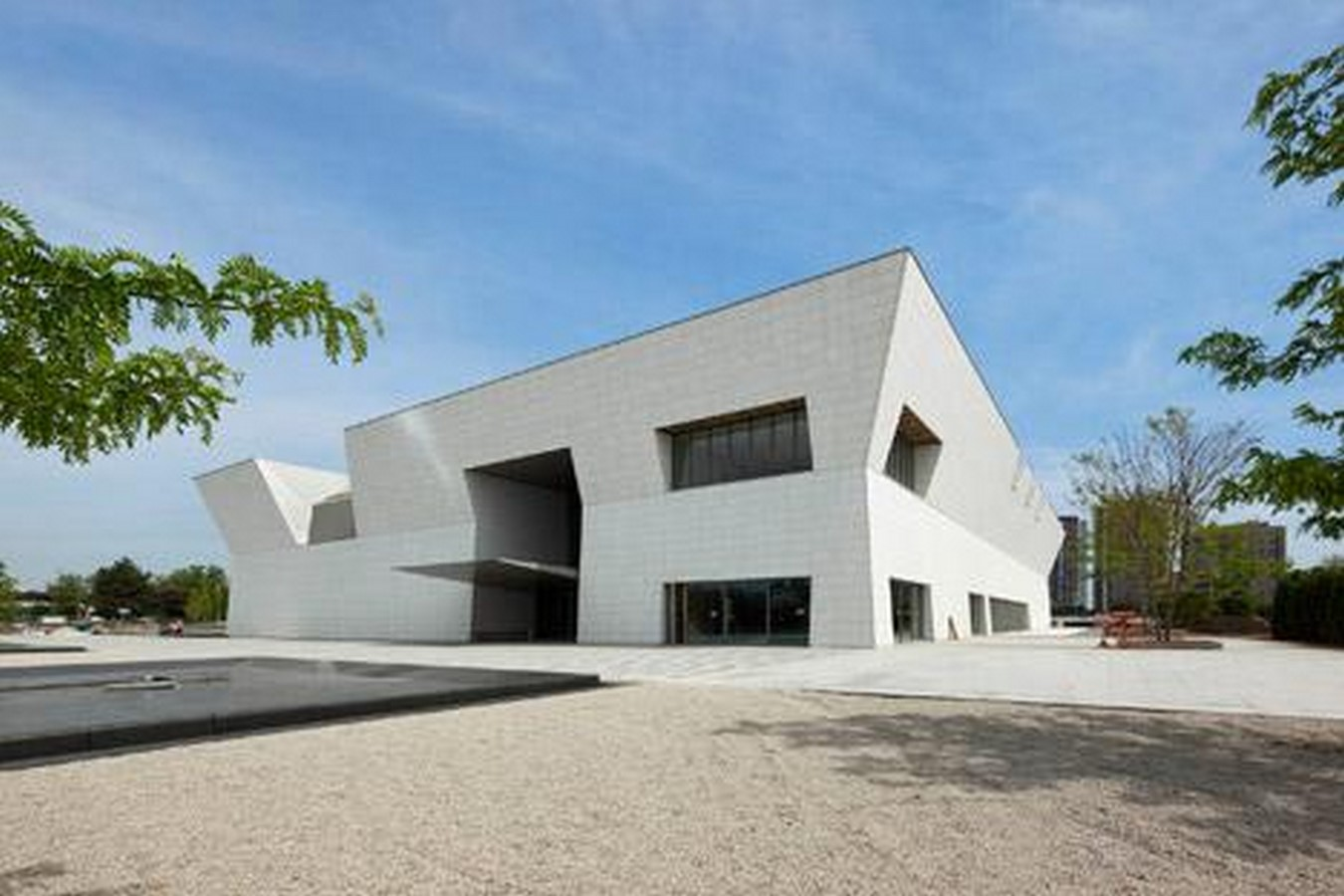 Aga Khan Museum by Fumihiko Maki: Devoted to Islamic art and culture - Sheet2