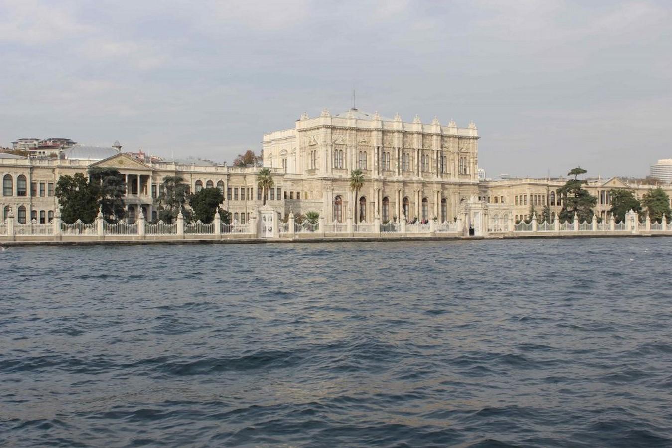 Dolmabahçe Palace by Mihran Mesrobian: The flamboyant Palace - Sheet1