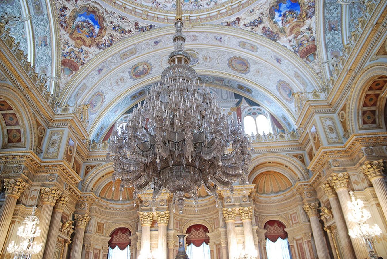 Dolmabahçe Palace by Mihran Mesrobian: The flamboyant Palace - Sheet2