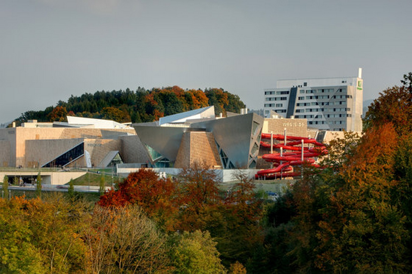 Westside Shopping and Leisure Centre by Daniel Libeskind: Unification of commerce, culture and leisure - Sheet4