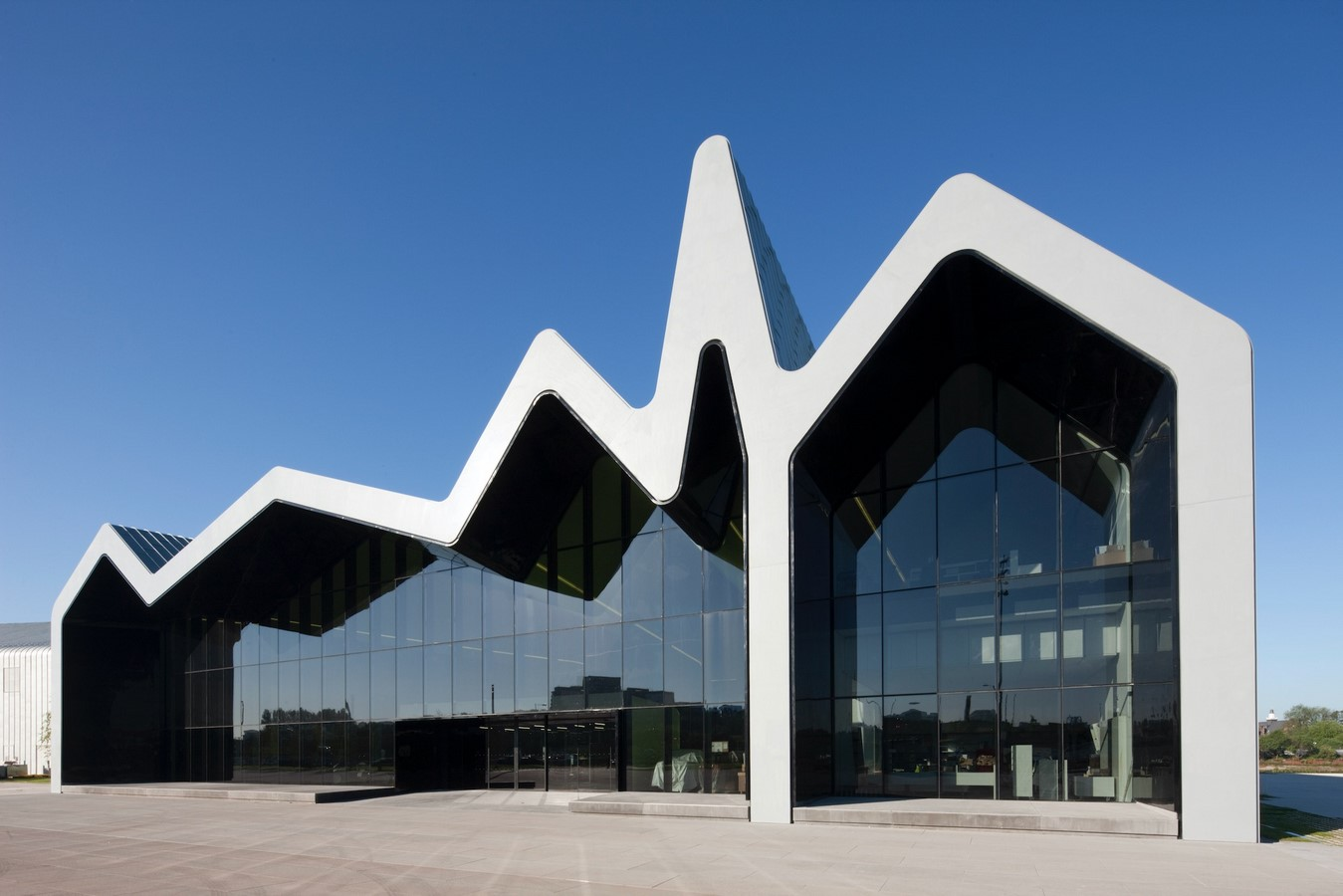 Glasgow Riverside Museum of Transport by Zaha Hadid : The Zig-Zag Profile - Sheet3