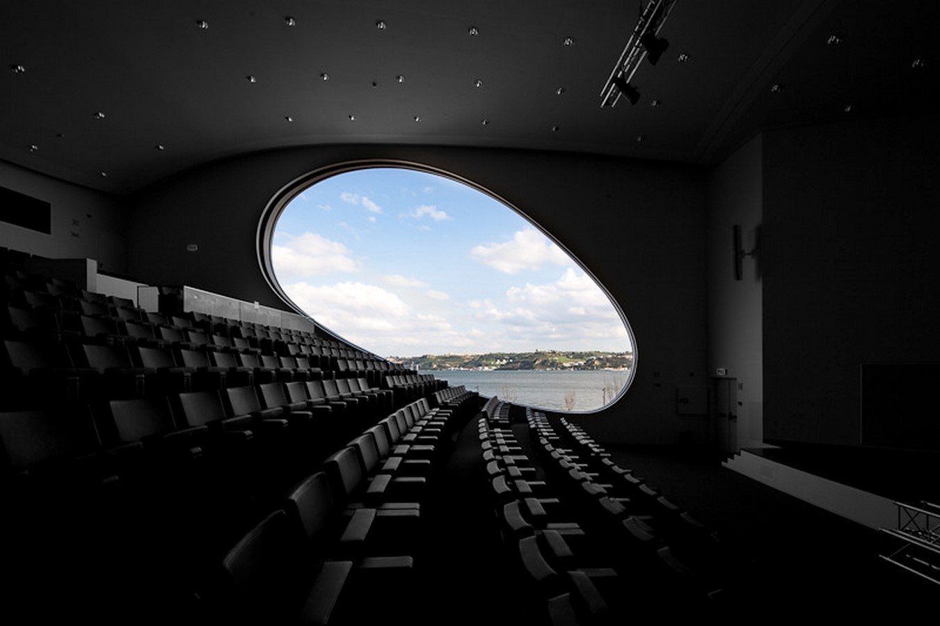 Champalimaud Centre by Charles Correa: Architecture as Beauty, Beauty as therapy - Sheet8