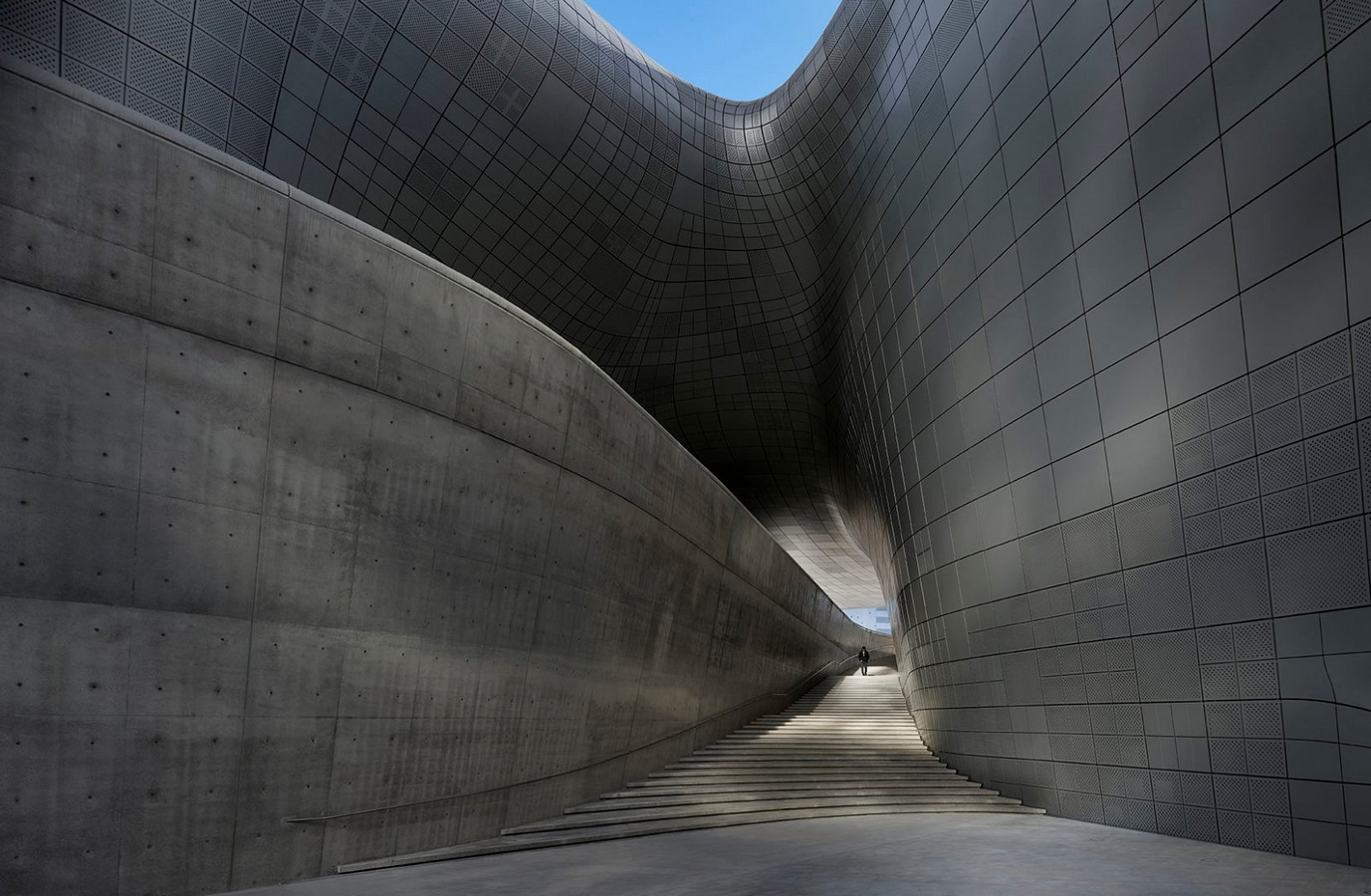 Dongdaemun Design Plaza, Seoul by Zaha Hadid: The Metonymic Landscape - Sheet4