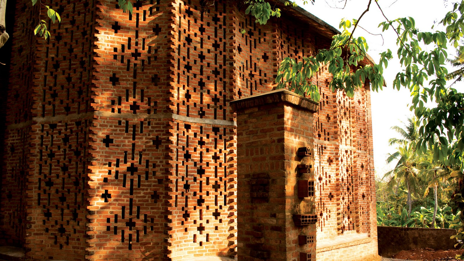 Unusual methods of using bricks in architecture -Sheet