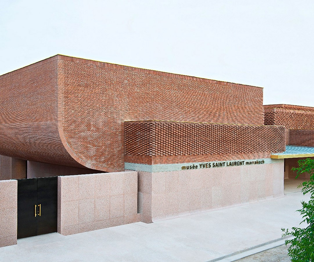Unusual methods of using bricks in architecture -Sheet10