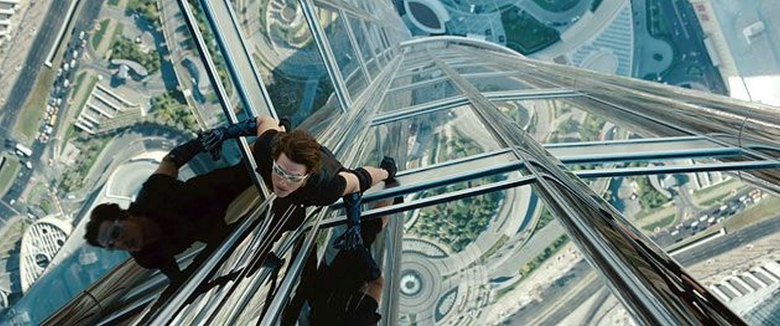 How are famous high-rise buildings used in movies - Sheet4