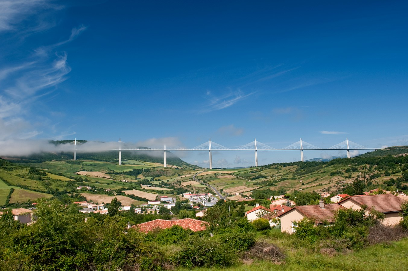 10 Things about you did not know about Viaduc de Millau, France - Sheet1