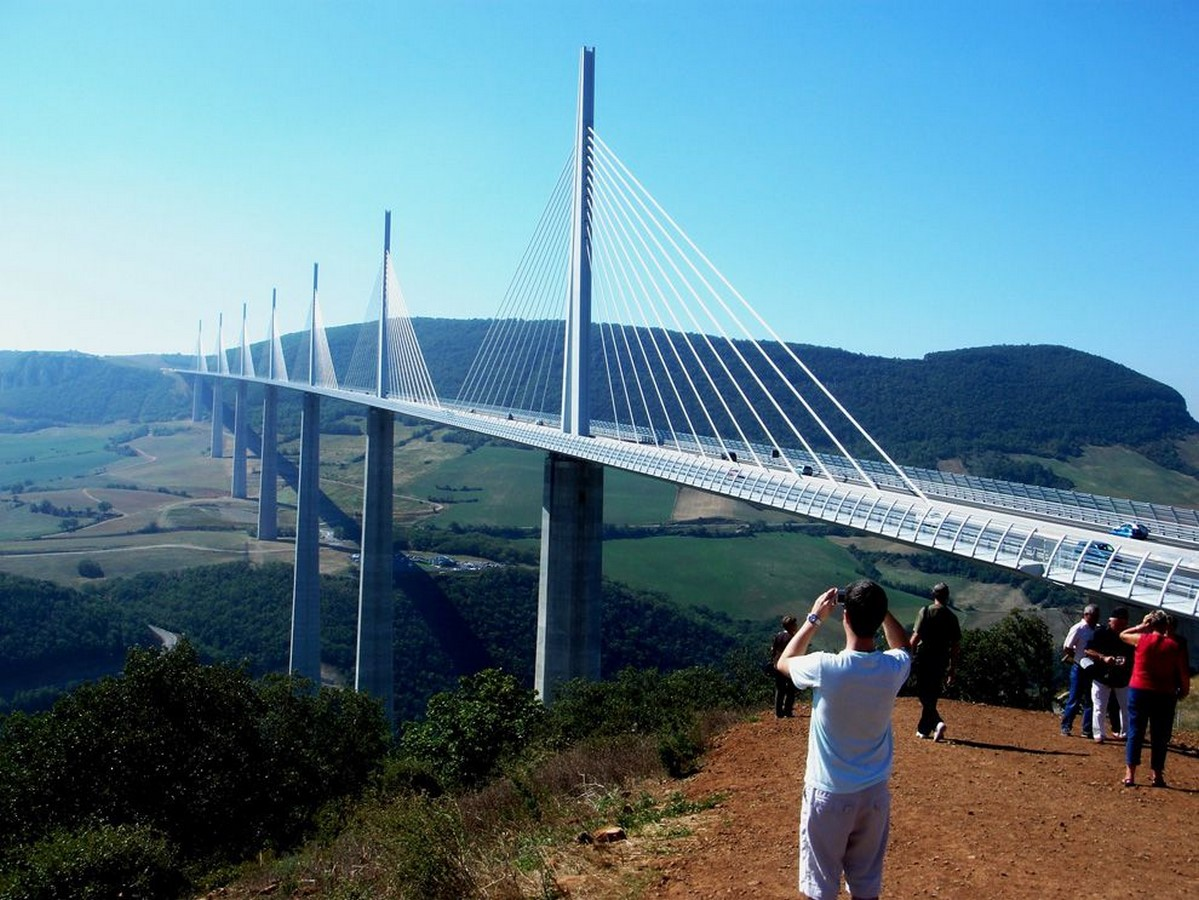 10 Things about you did not know about Viaduc de Millau, France - Sheet3