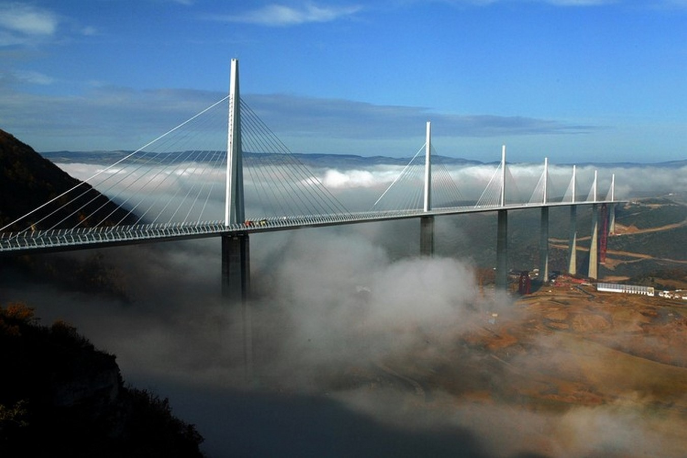 10 Things about you did not know about Viaduc de Millau, France - Sheet8
