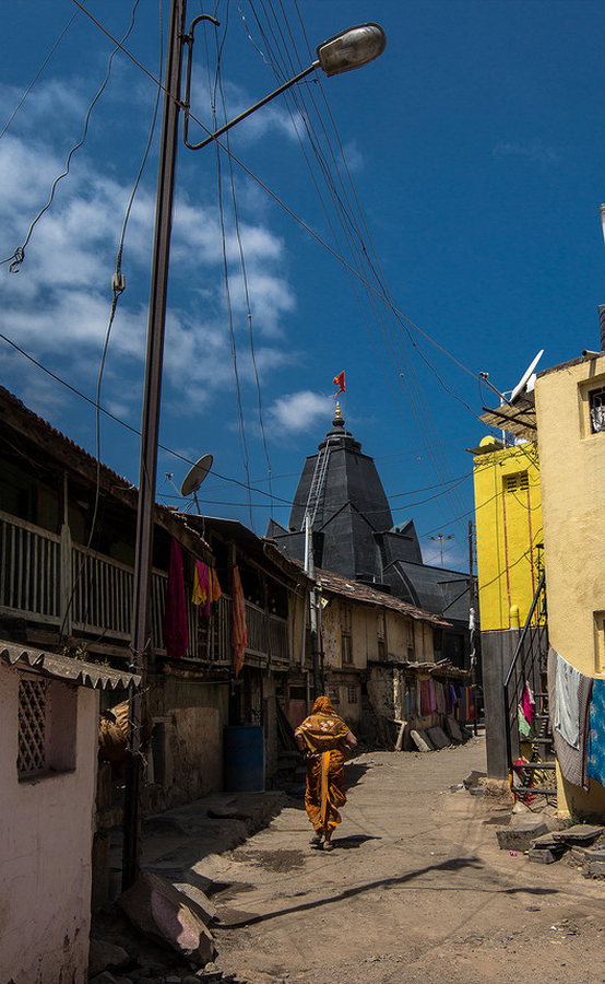 Maruti Mandir by Shailesh Devi: At the Centre of the Village - Sheet4