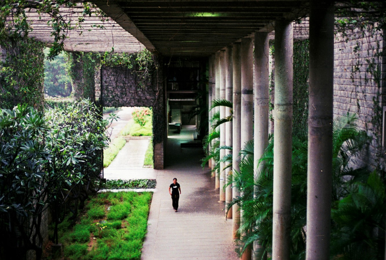 Indian Institute of Management, Bangalore by B.V Doshi: Reflection of the city - Sheet1