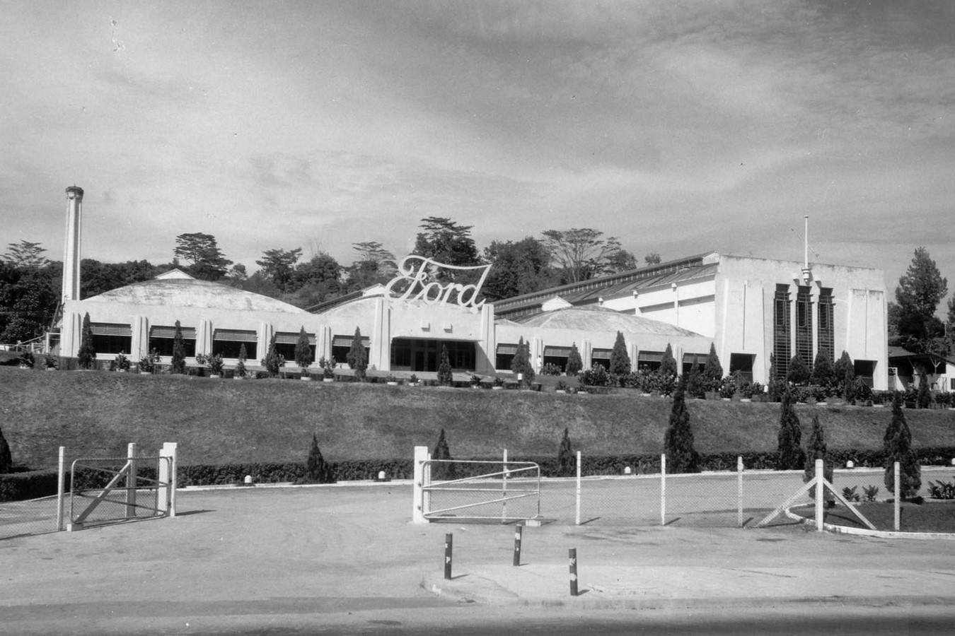 Architecture in Singapore - Old Ford Motor Factory - Sheet2