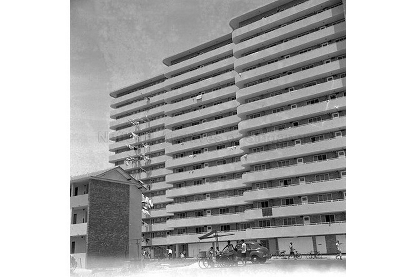 Architecture in Singapore  - Public Housing by SIT - Sheet1