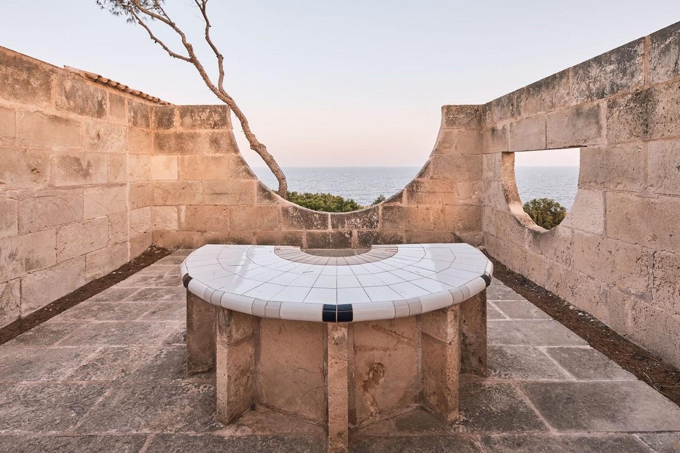 Can Lis House by Jørn Utzon: Reinterpreting the traditional methods - Sheet7