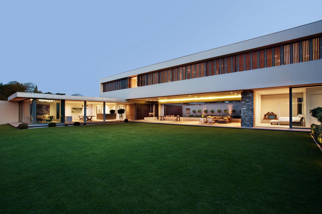 House 01 by Daffonchio and Associates Architects - Sheet1