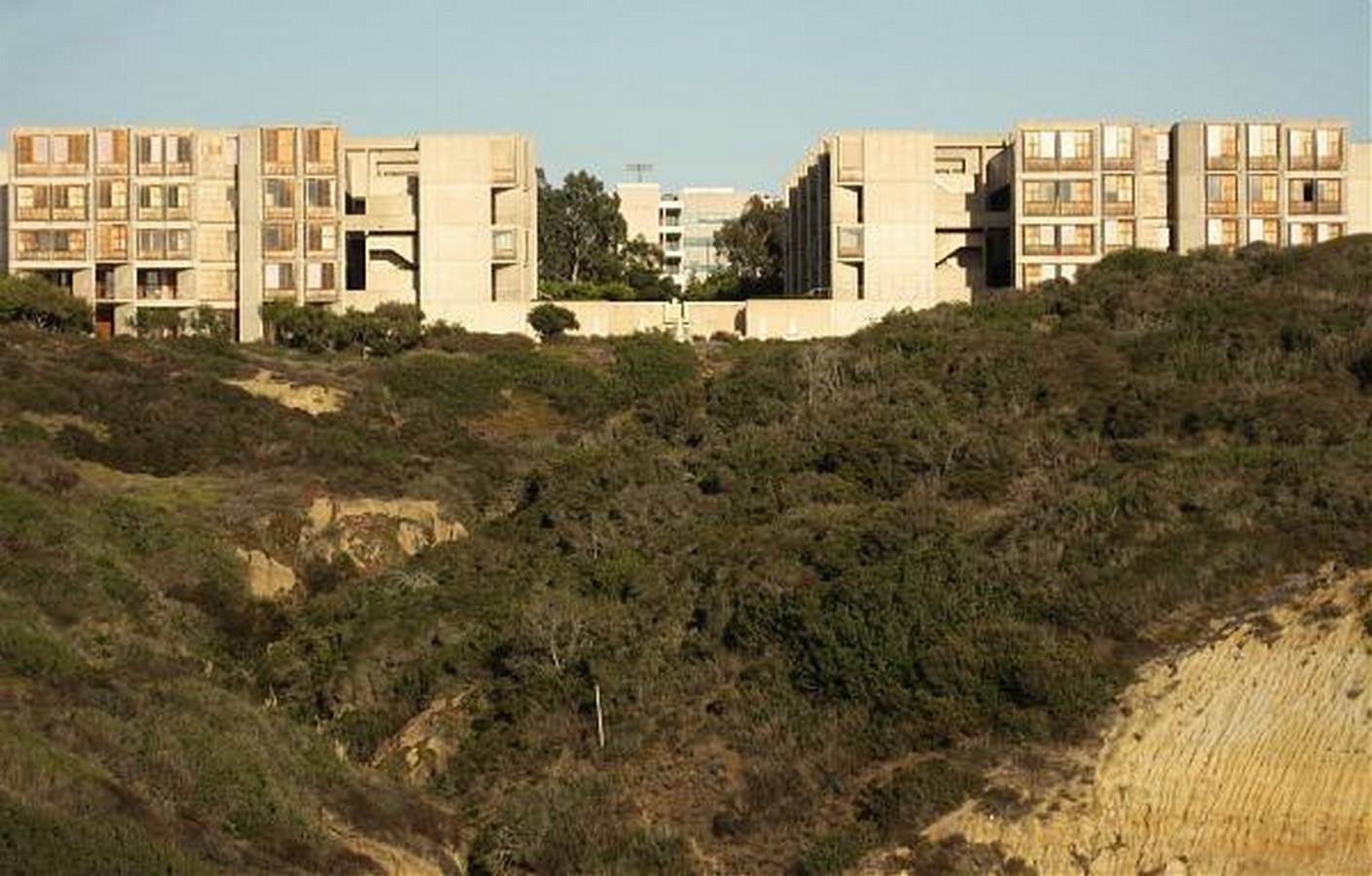 Salk Institute by Louis Kahn The pozzolanic concrete structure - Sheet3