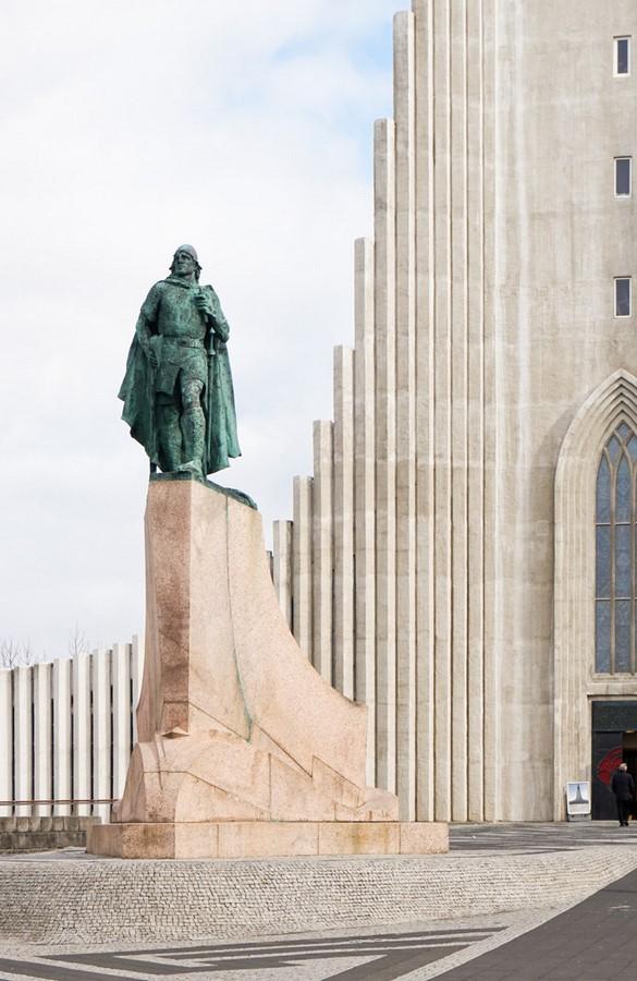 Hallgrimskirkja by Guðjón Samúelsson: The largest church in Iceland - Sheet2