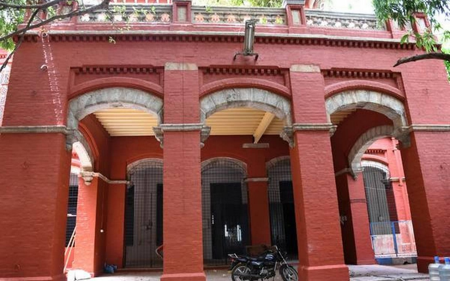 10 Indo-Saracenic structures in Chennai - Sheet10