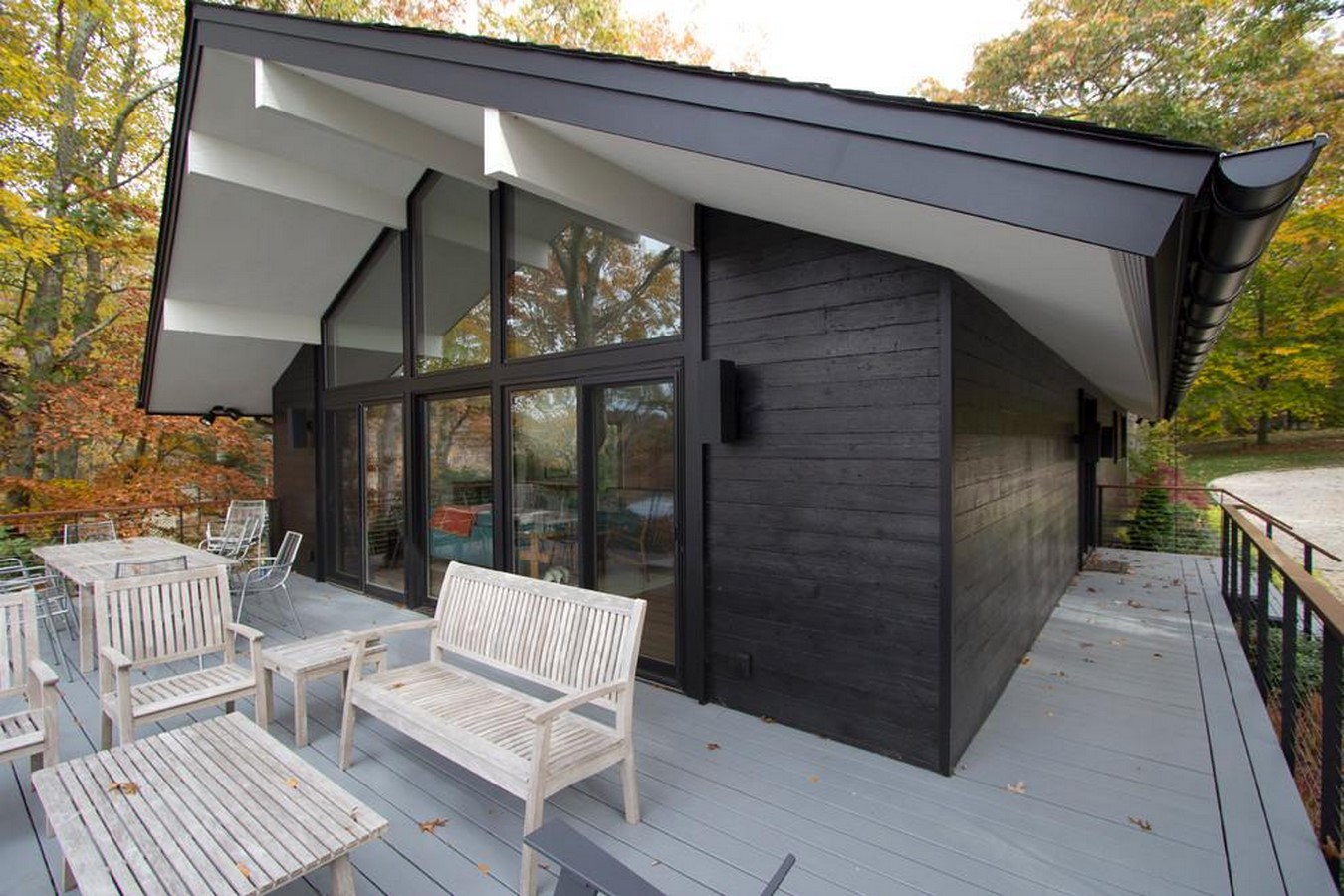 Modern Home Using Charred Wood by Resawn, New York - Sheet2