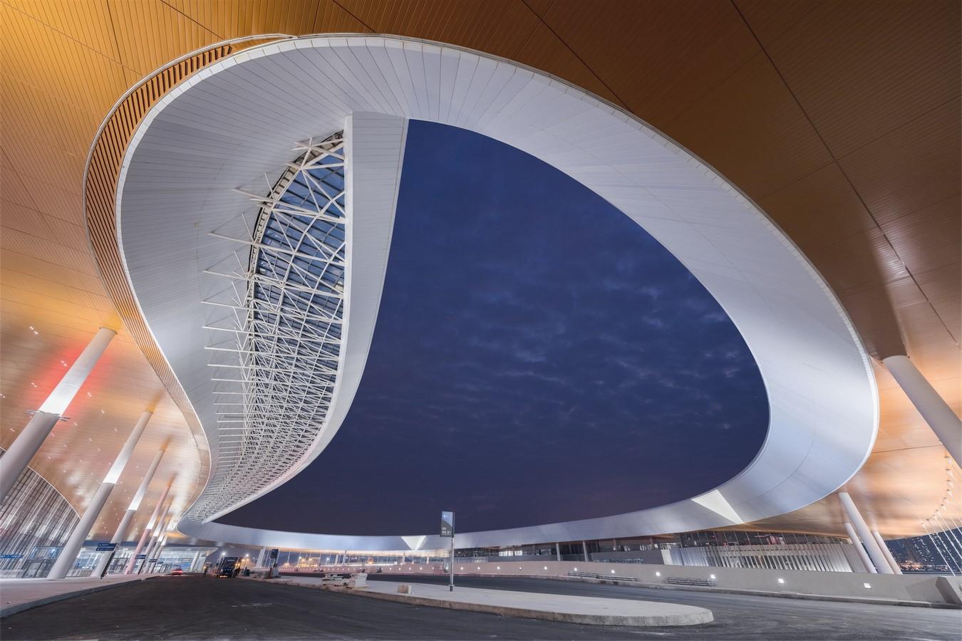 Hong Kong-Zhuhai-Macao Bridge Artificial Island Port by ECADI: The longest open-sea fixed link in the world Sheet11
