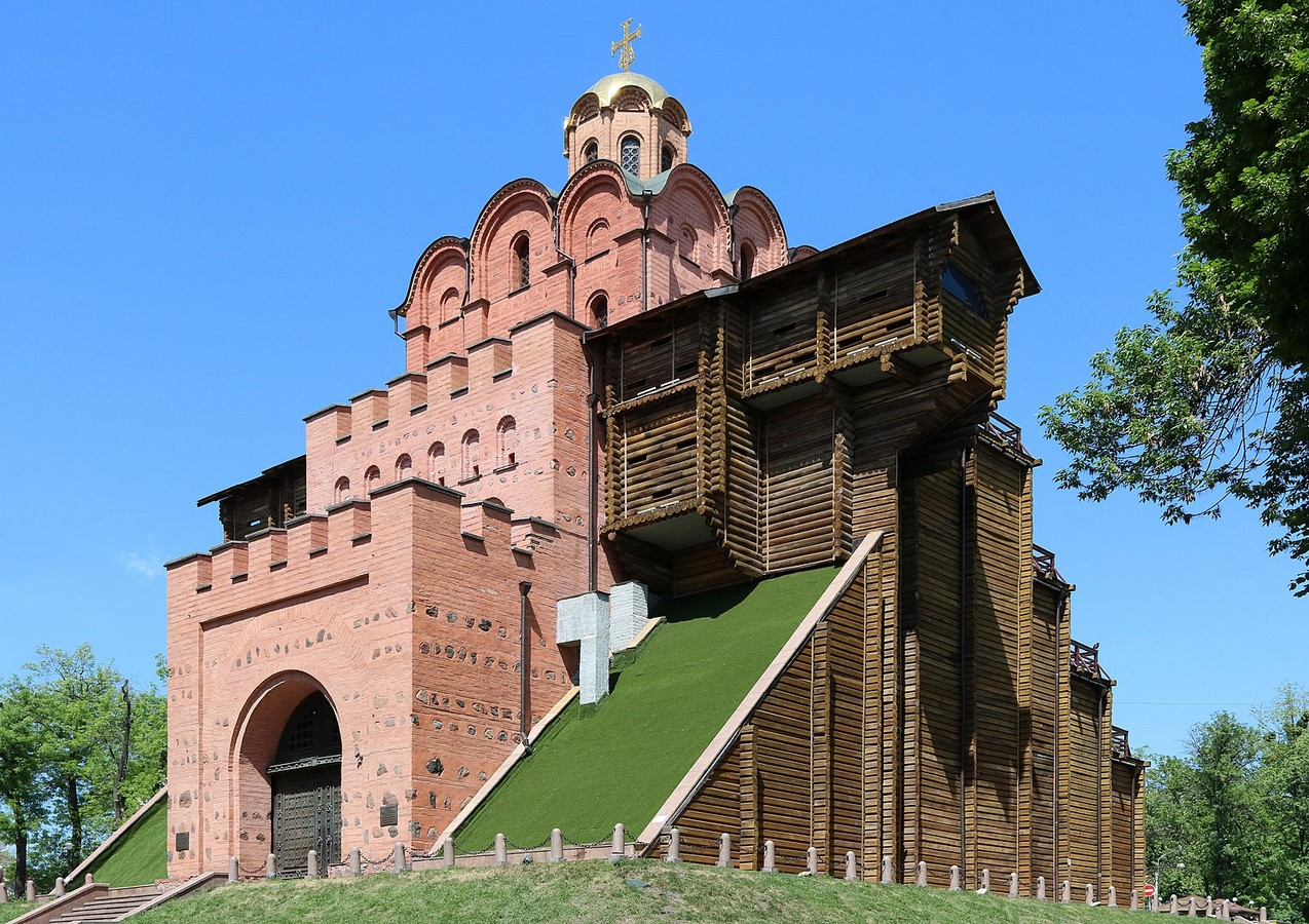 15 Kievan Rus Christian structures every Architect must visit - Sheet16