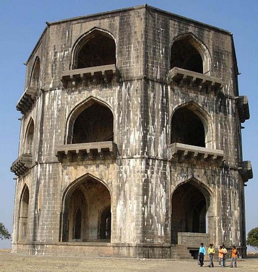 15 ancient buildings in Maharashtra architects must visit - Sheet3