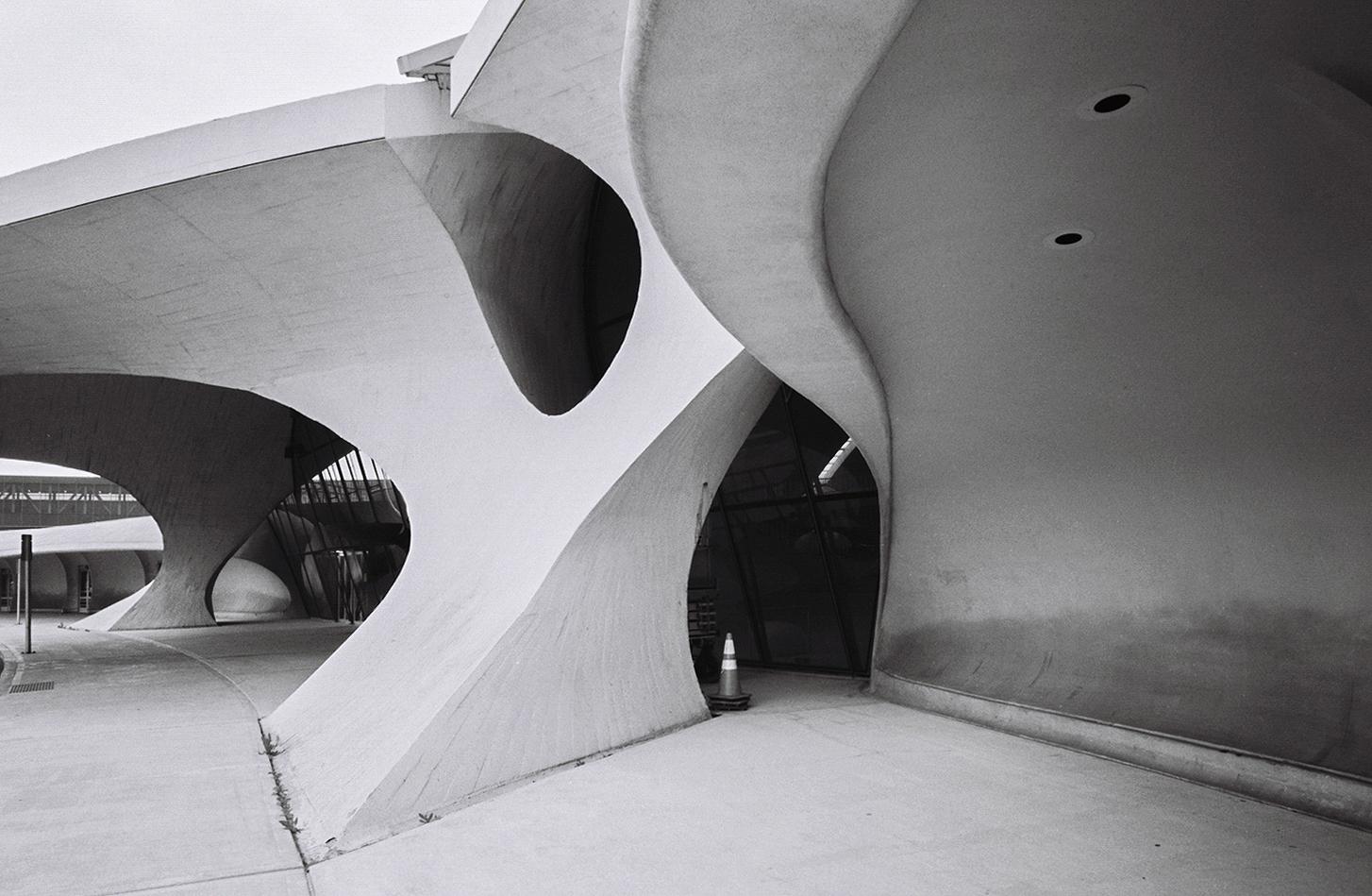 TWA Flight Centre, New York by Eero Saarinen: Capturing the Spirit of Flight - Sheet14