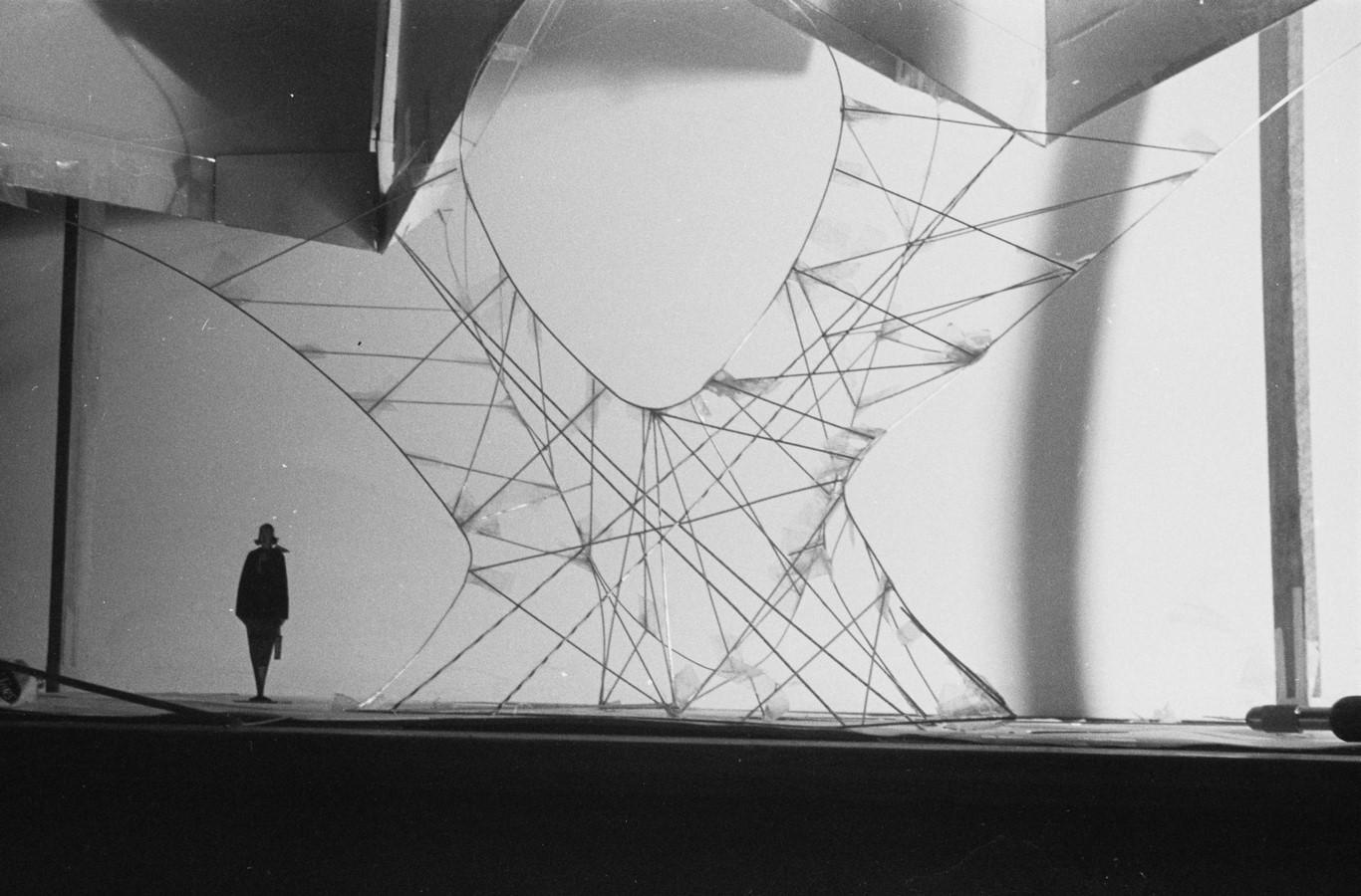TWA Flight Centre, New York by Eero Saarinen: Capturing the Spirit of Flight - Sheet16