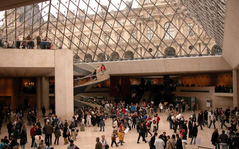 The Louvre Pyramid, Paris (1989) - Sheet3